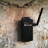 Wireless tilt (inclination) SenSpot sensor to monitor concrete wall deflection with 0.001 degrees accuracy